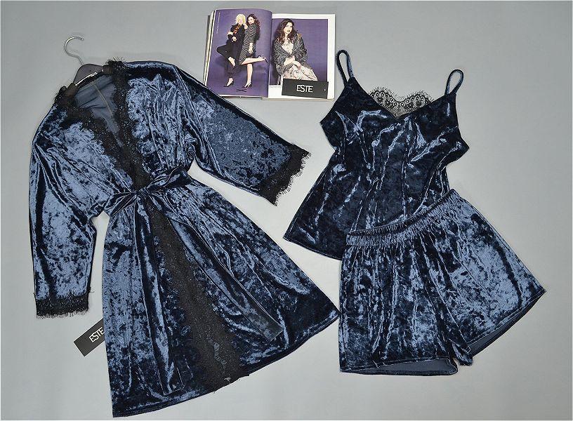 Комплект женской домашней одежды халат и пижама из велюра.