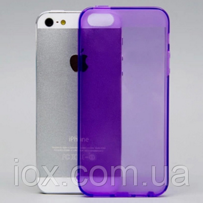 Фиолетовый силиконовый чехол на iphone 5/5s с заглушками