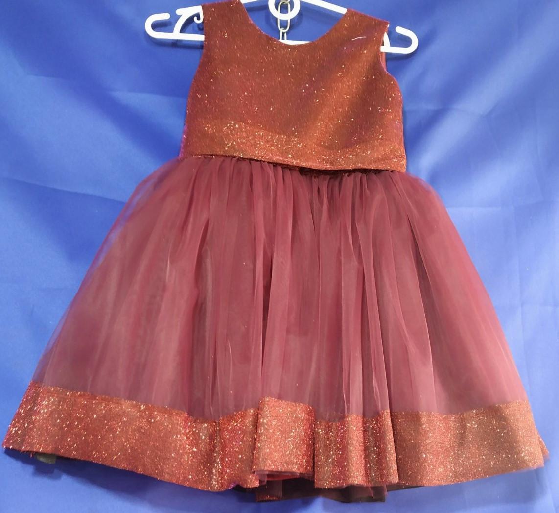 Дитяча сукня з паєтками на дівчинку 4-5 років білого кольору