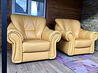 Мягкое кожаное кресло бежевого цвета из Германии