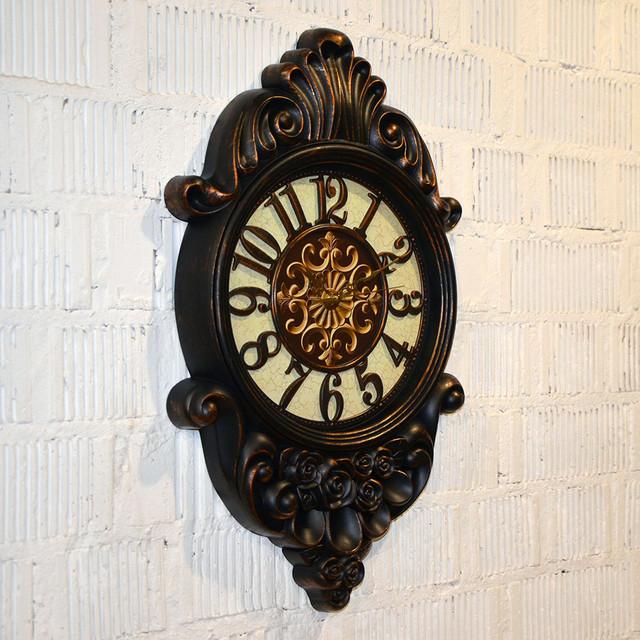 Оригинальные настенные часы (62*37*5 см.)