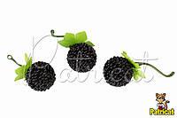 Декоративная малина черная на проволоке в присыпке 1 шт
