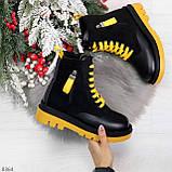 Стильные удобные демисезонные черные женские ботинки с желтым декором, фото 9