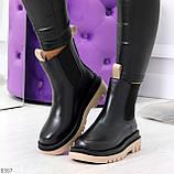Стильные удобные демисезонные черные женские ботинки челси с бежевым декором, фото 8