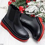 Стильные удобные демисезонные черные женские ботинки челси с красным декором, фото 8