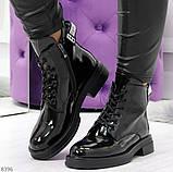 Модные практичные глянцевые черные женские ботинки на флисе с декором, фото 7
