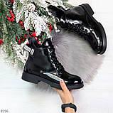 Модные практичные глянцевые черные женские ботинки на флисе с декором, фото 8