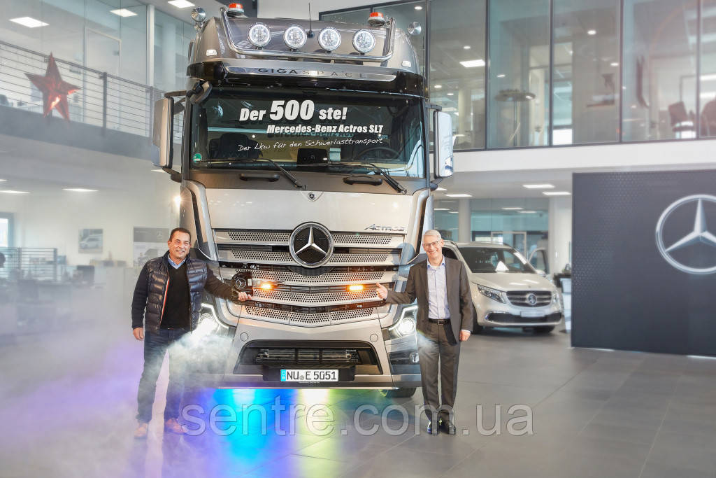 Cамый мощный тягач Mercedes-Benz Actros отпраздновал юбилей