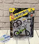 Пальчиковый велосипед Фингербайк Fingerbike BMX синструментами и сменными колесами, фото 3