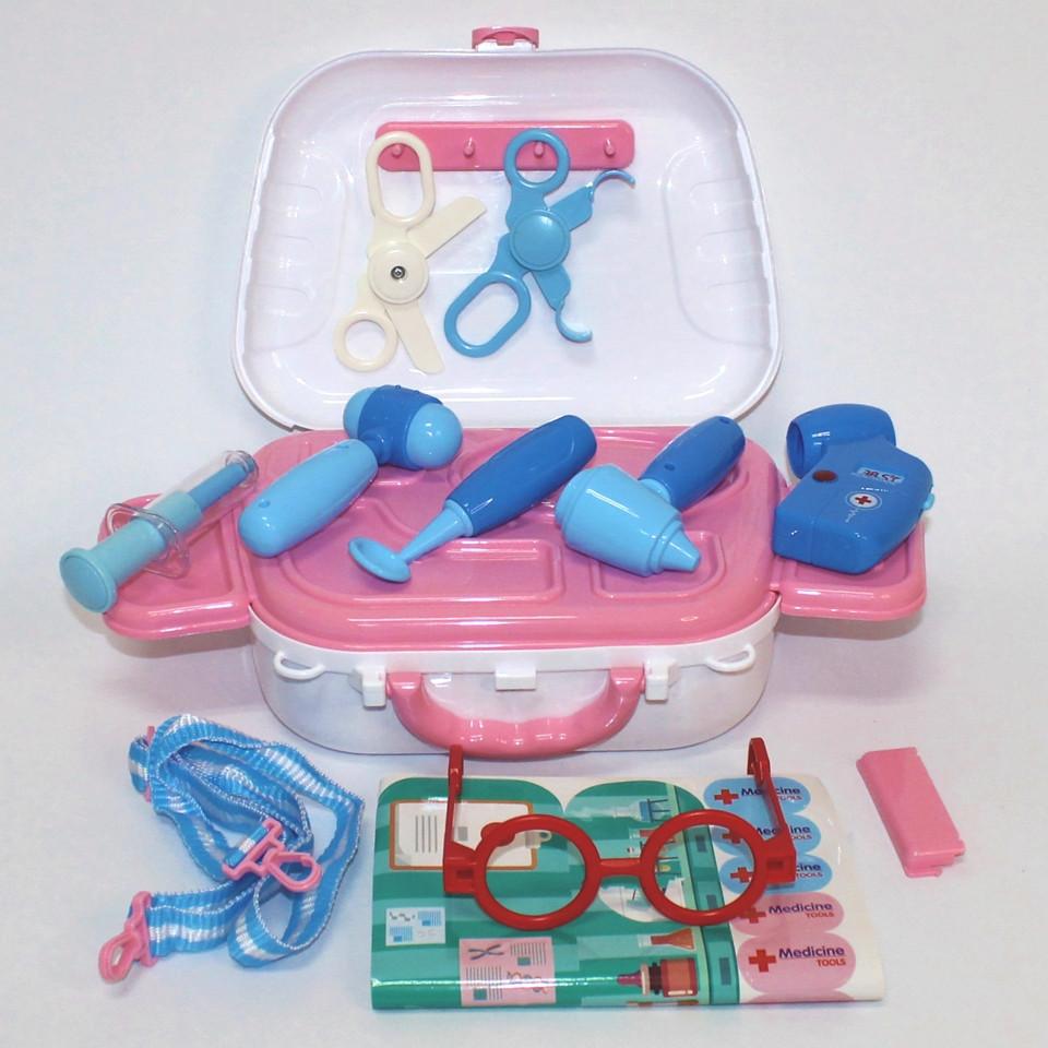 Игровой набор юного доктора в чемодане 13 предметов Happy Doctor Детская игрушка Больничка Аптечка