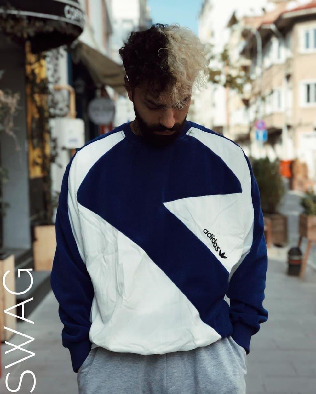 Кофта мужская Adidas сине-белого цвета