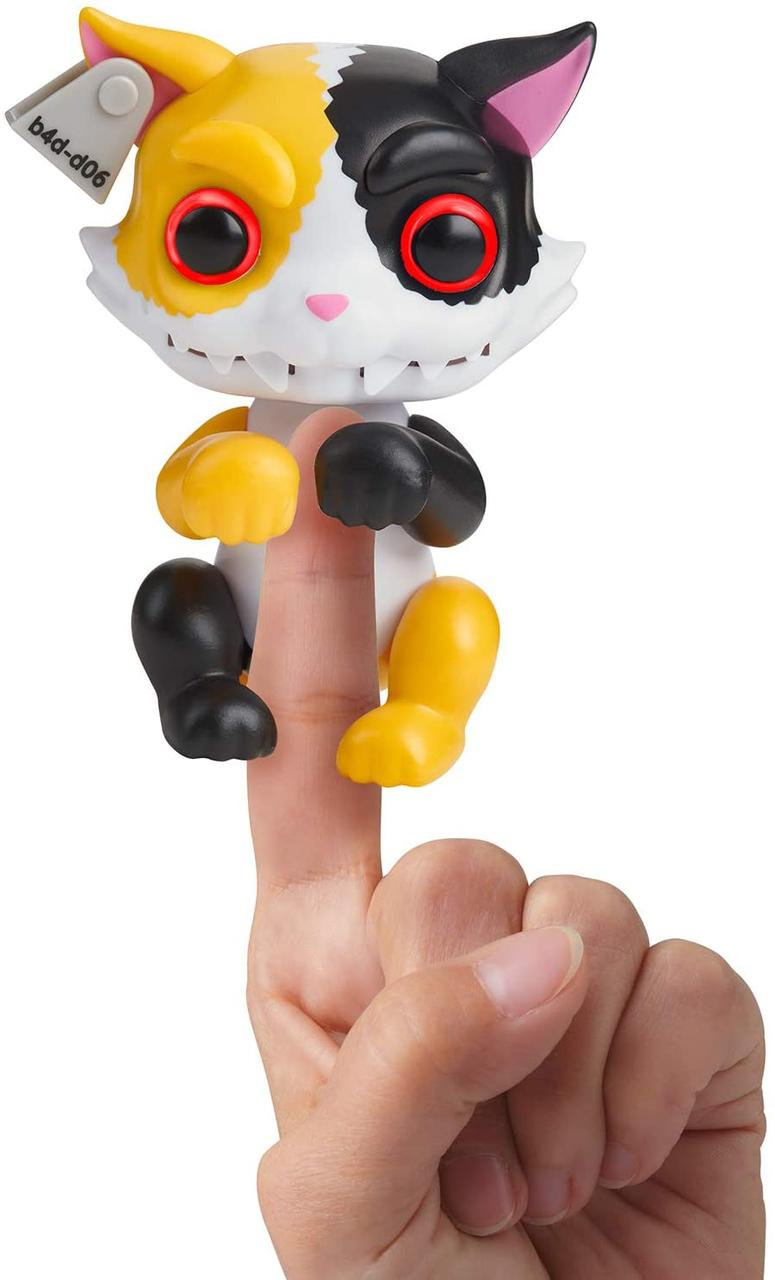 Интерактивный ручной котик  оборотень WowWee Fingerlings Grimlings Cat Interactive Animal Toy