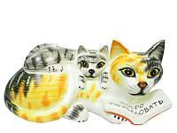 """Кошечка читает книгу котенку, на книге написано """"Добро пожаловать"""" (кн-89)"""