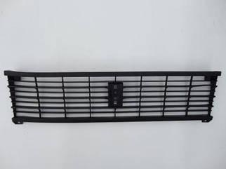 Решетка радиатора ВАЗ 2105 черная Кампласт