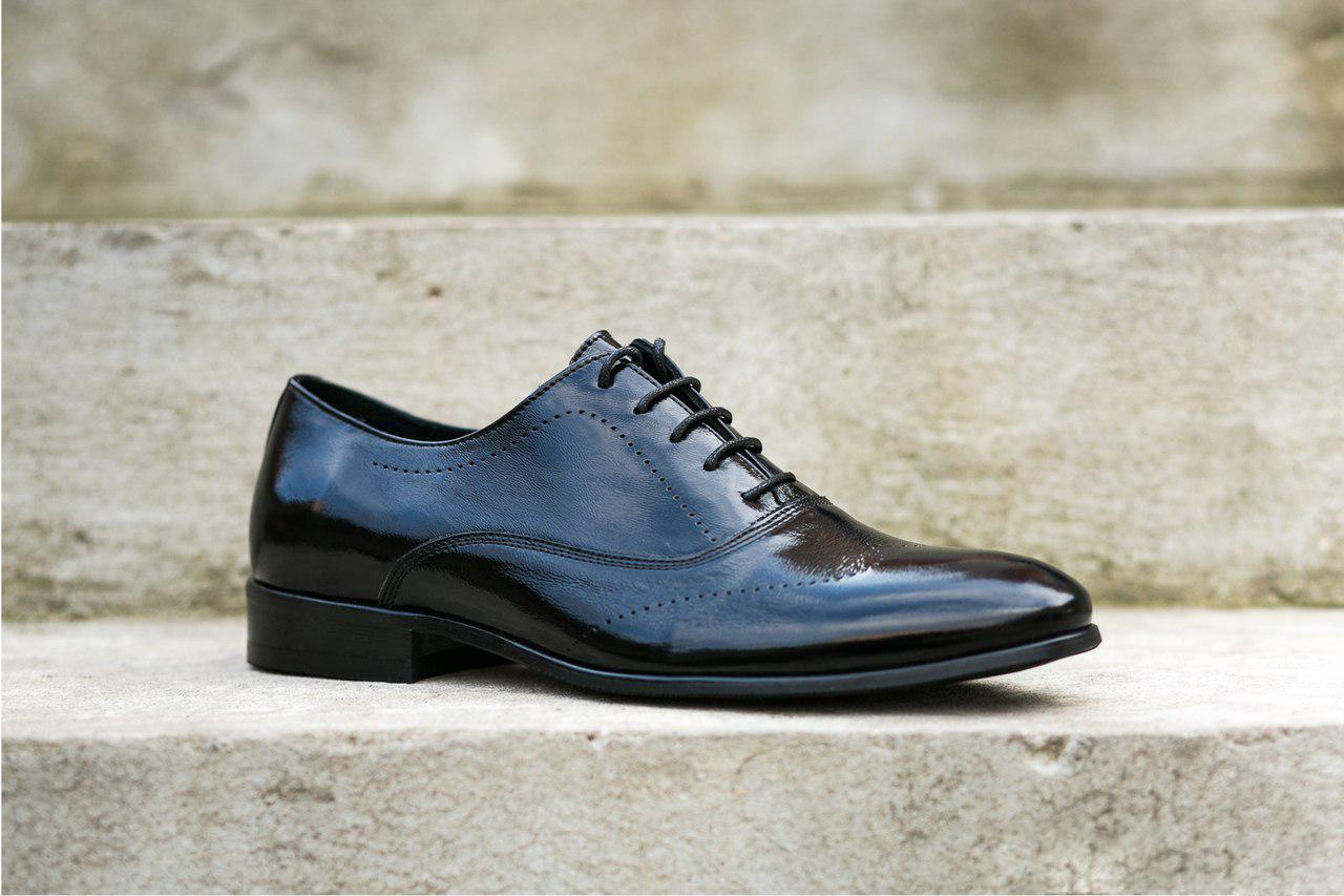 Туфлі броги, чорні.