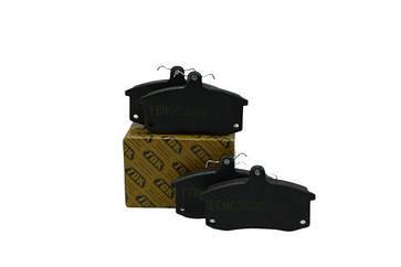 Колодка тормозная передняя ВАЗ 2110 (под датчик) TDK