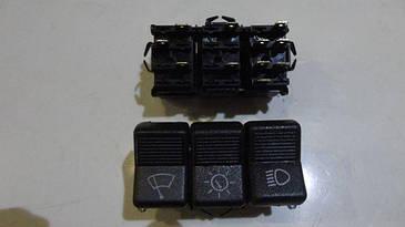 Кнопка тройная ВАЗ 2101, 2102, 2103, 2106