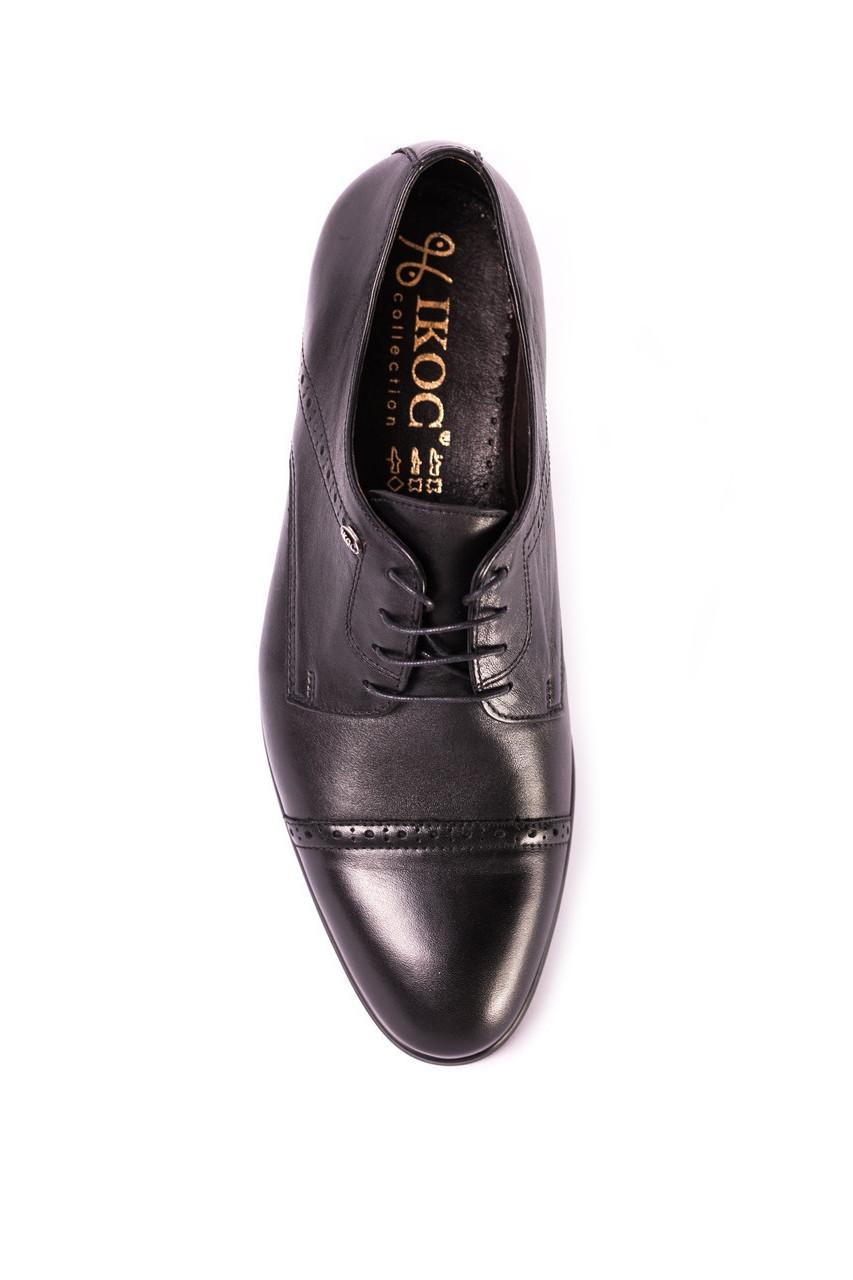 Туфлі дербі чорні.