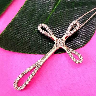 Серебряный родированный крестик с камнями  - Женский серебряный крестик
