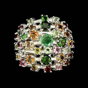 Серебряное кольцо натуральный изумруд, хромдиопсид, турмалины р18