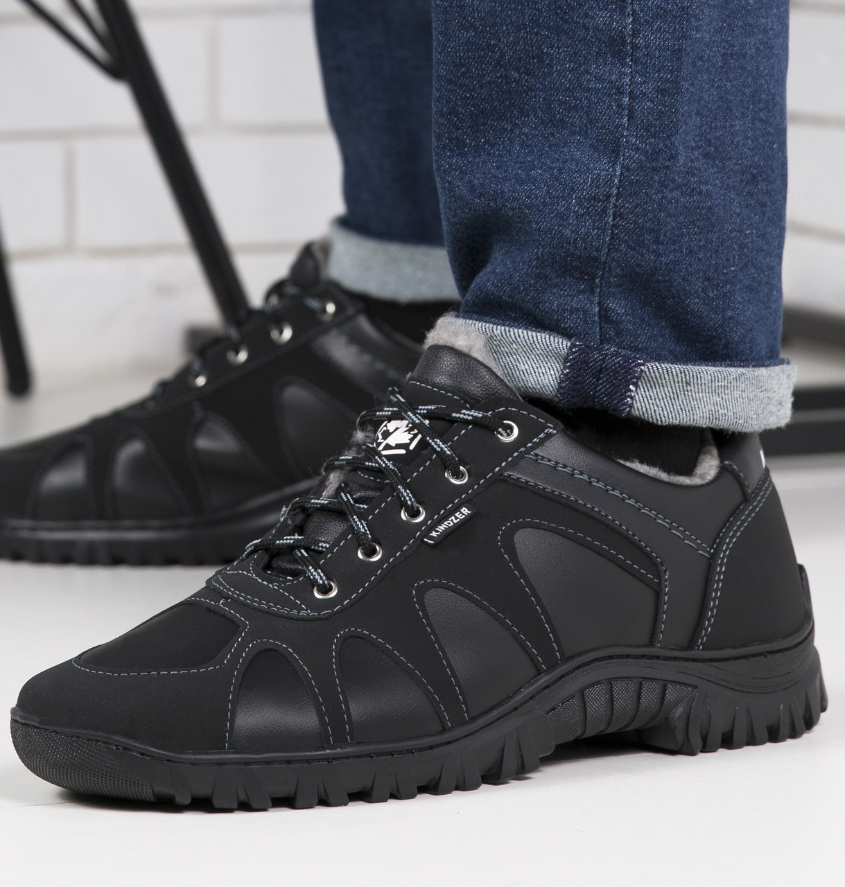 Зимние кроссовки мужские низкие 45р