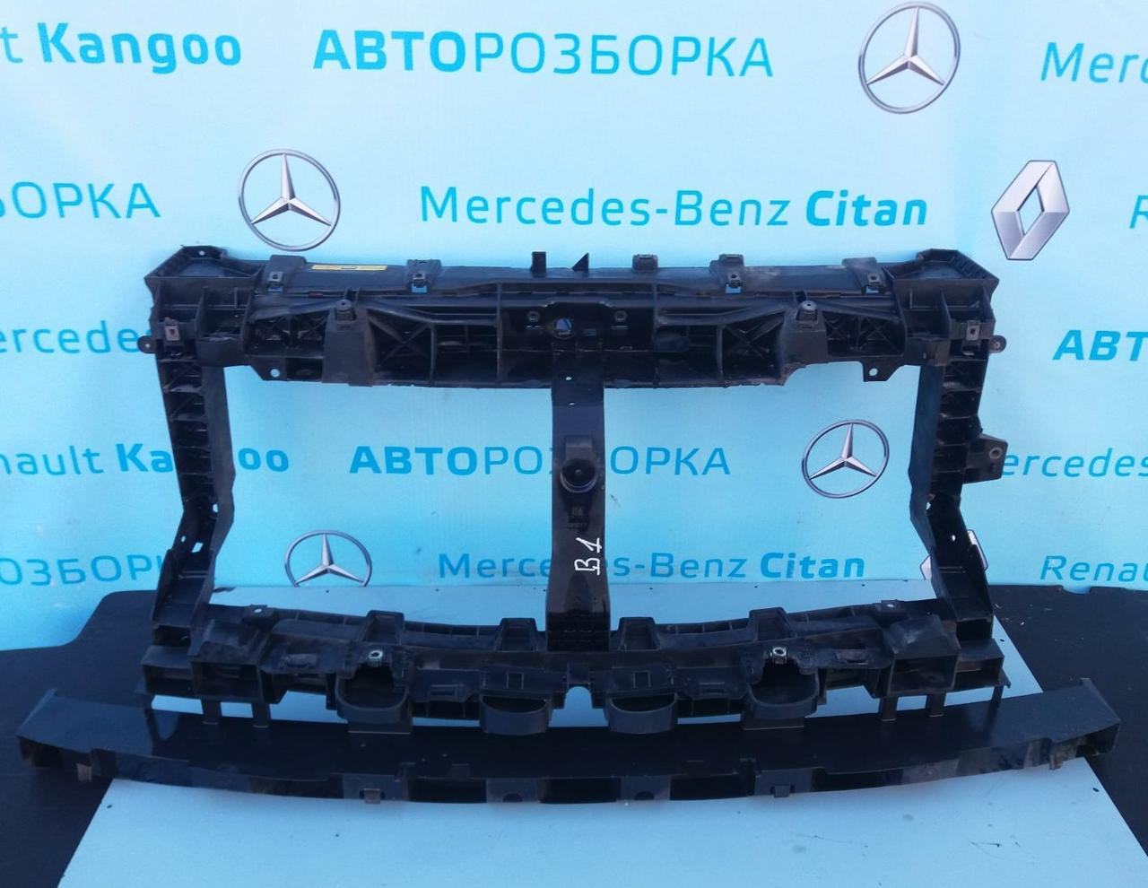 Панель передняя 93868911 TV для Опель Виваро 3 Opel Vivaro 2014-2019 г. в.