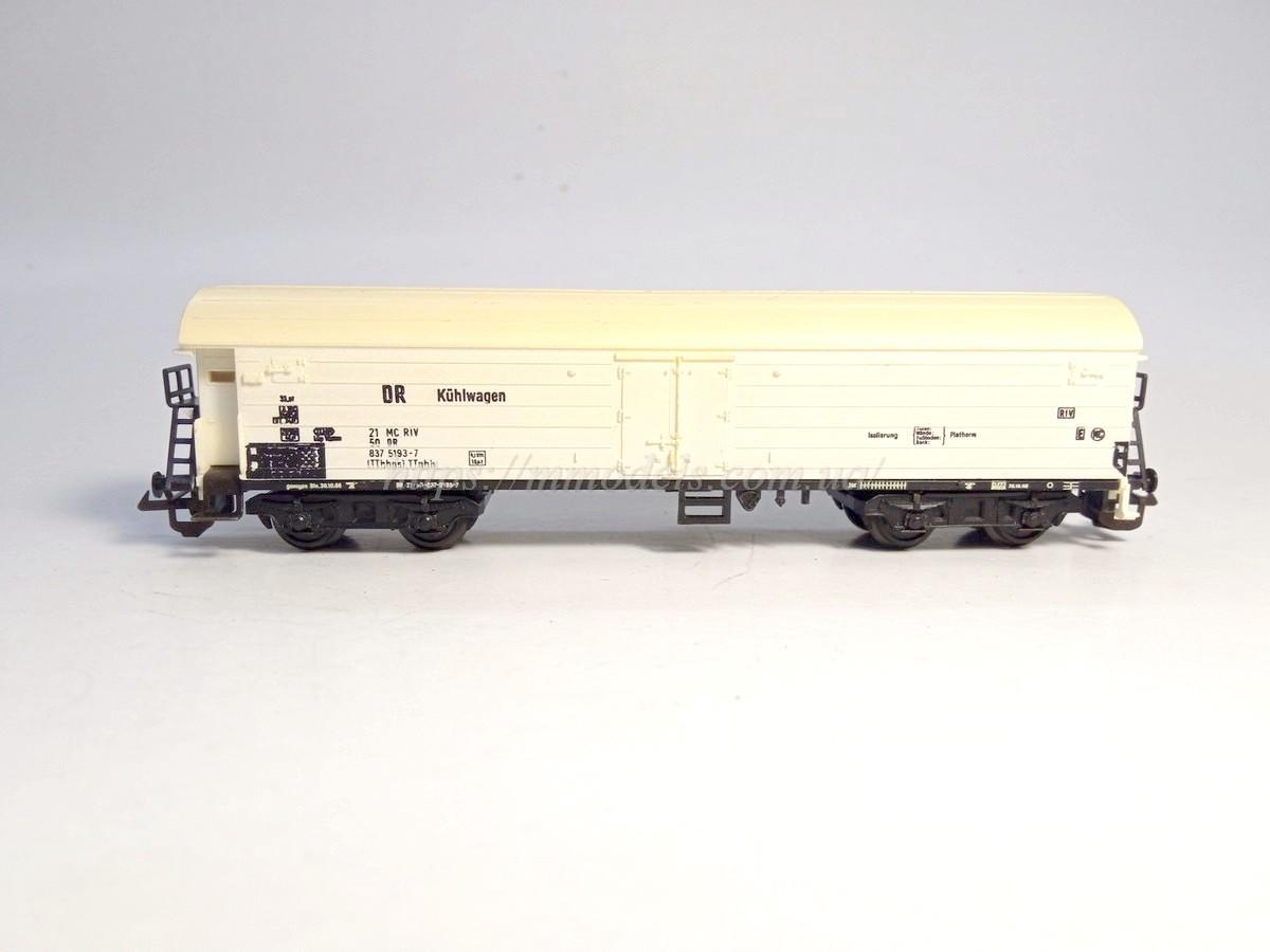 BTTB 4х осный вагон ледник Kühlwagen принадлежности DR, масштаба 1:120, ТТ
