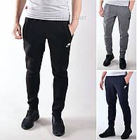 Утепленные мужские спортивные штаны Nike на манжете / Размеры:46-54 / Трикотаж трехнитка - черные