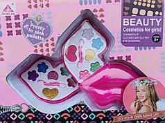 Набор детской декоративной косметики розовая губы
