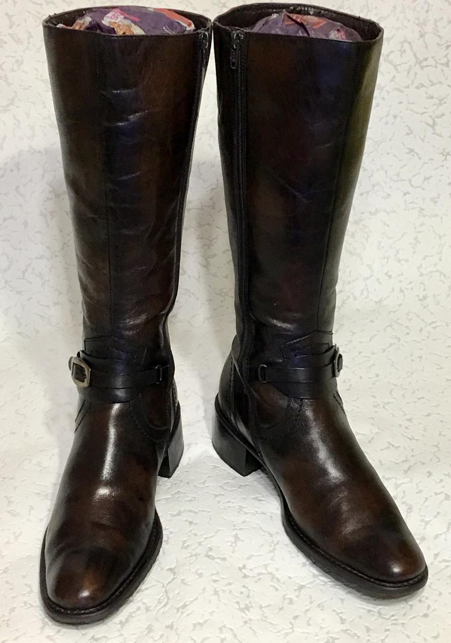 Высокие кожаные сапоги 41 -42 размер