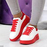 Ультра модные молодежные белые женские кроссовки с красным декором, фото 10