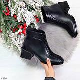 Дизайнерские черные демисезонные ботинки ботильоны на удобном каблуке, фото 10