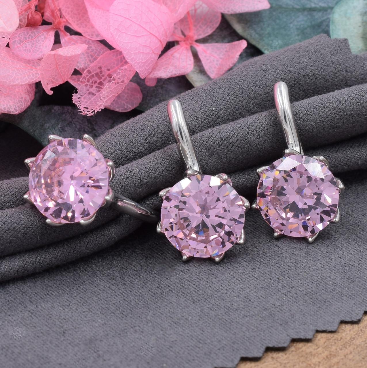 Серебряный набор кольцо размер 18 + серьги 20х14 мм вставка розовые фианиты