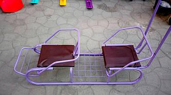 Санки двомісні дитячі з ручкою штовхачем і знімною спинкою, фіолетові