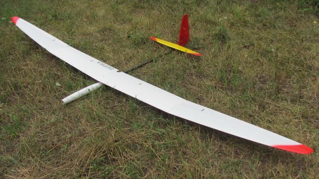 Радиоуправляемый электро планер Supra F5J