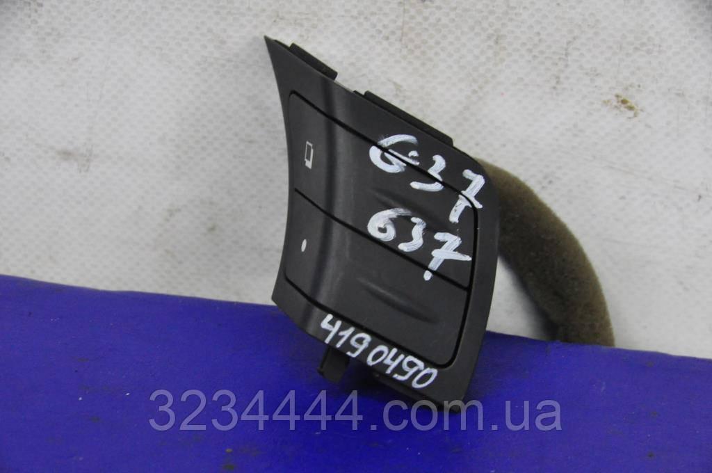 Кнопка INFINITI G25/G35/G37/Q40 06-14