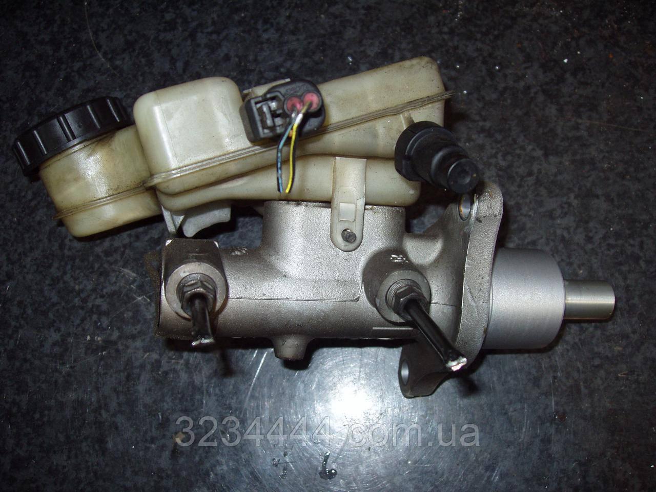Главный тормозной цилиндр MAZDA MAZDA3 BK 03-08