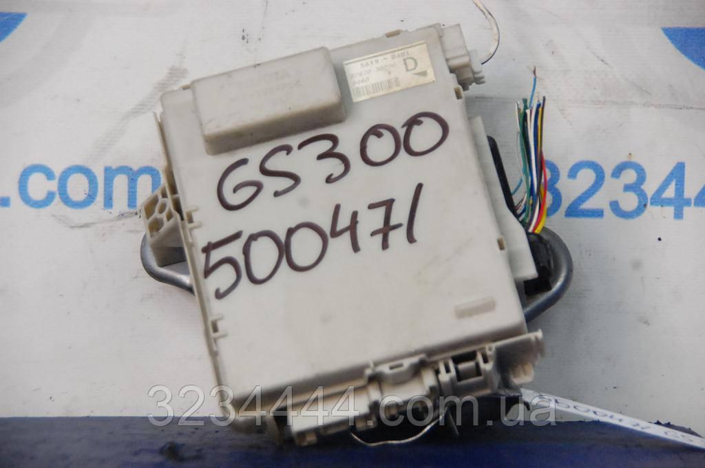 Блок предохранителей LEXUS GS350 GS300 06-11