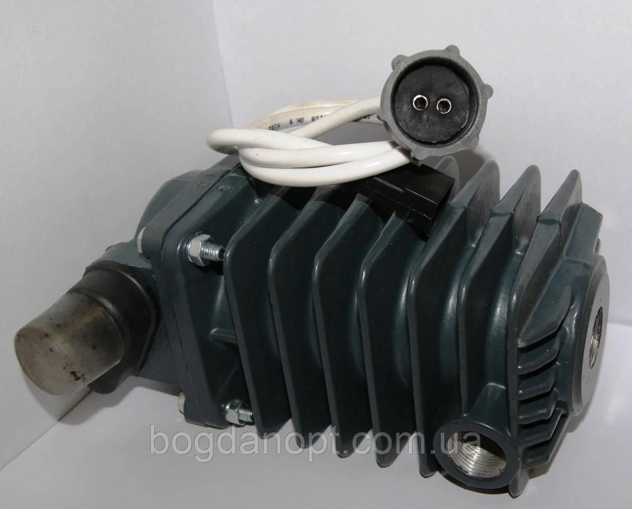 Сепаратор с клапаном Богдан,Эталон   А 01.04.000-01