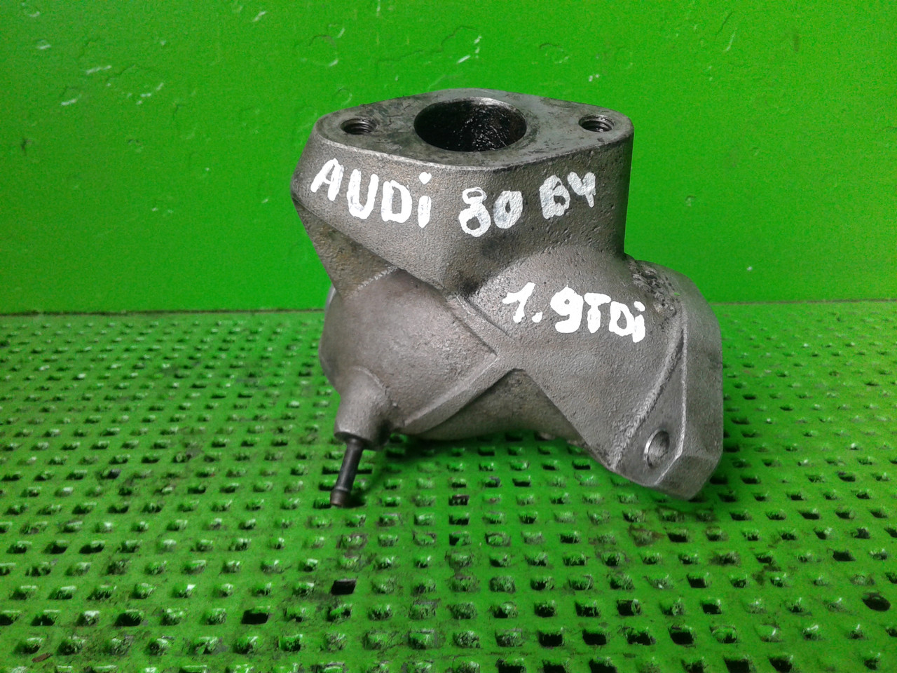 Бу клапан рециркуляции отработавших газов (EGR) Фланец впускного коллектора для Audi 80 - 90 - S2 ( B4 ), Volk