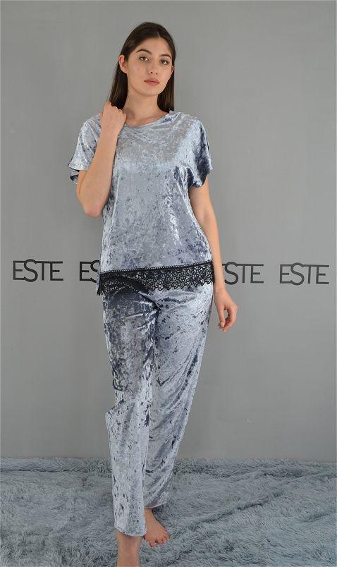 Комплект футболка и штаны с кружевом велюровый. Пижамы женские.