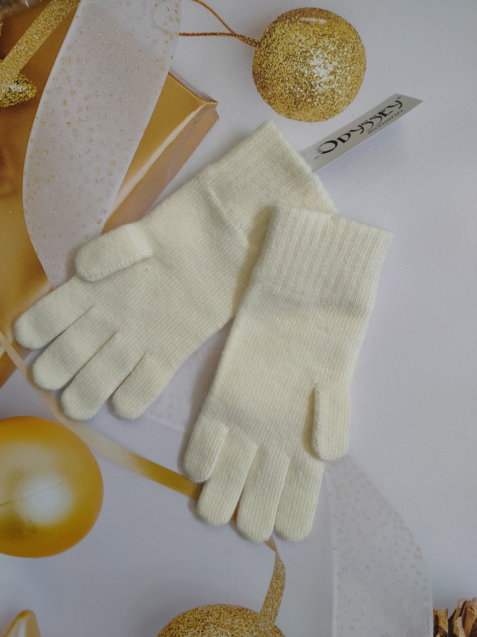 Перчатки  из шерсти  ODYSSEY  43605 молоко
