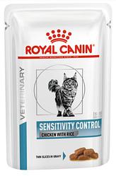 Royal Canin (Роял Канін) SENSITIVITY CONTROL FELINE CHICKEN Pouches вологий корм для кішок при харчовій