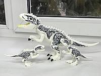 Динозавр Индоминус Длина 29 см набор 2 маленьких и 1 большой динозавр