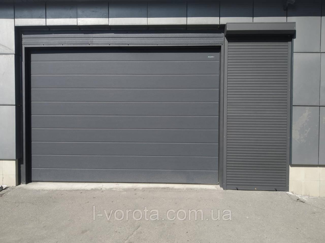 Гаражно-секционные ворота DoorHan ш3700*в2600 (цвет антрацит)