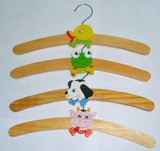 Плечики - вешалки для верхней одежды