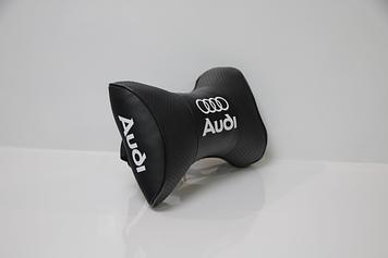 Подушки на подголовник с логотипом автомобиля Audi (Чёрный цвет)