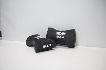 Автомобильная подушка подголовник  с маркой авто ВАЗ чёрная