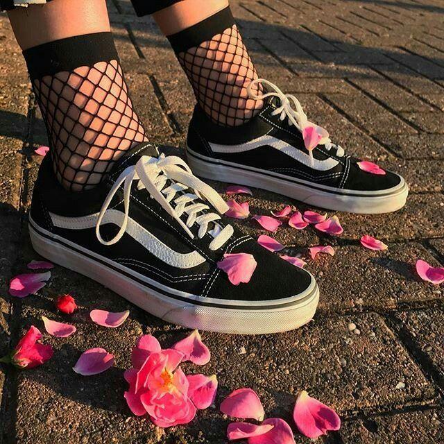 Кроссовки подростковые