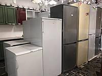 """Холодильник треба? Вибирай!🤗 Асортимент якісних холодильних і морозильних камер у ТЦ """"РОСАНА""""!"""